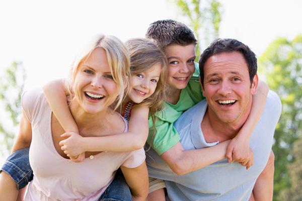 Eureka Springs Hotel offering Family Getaway Package
